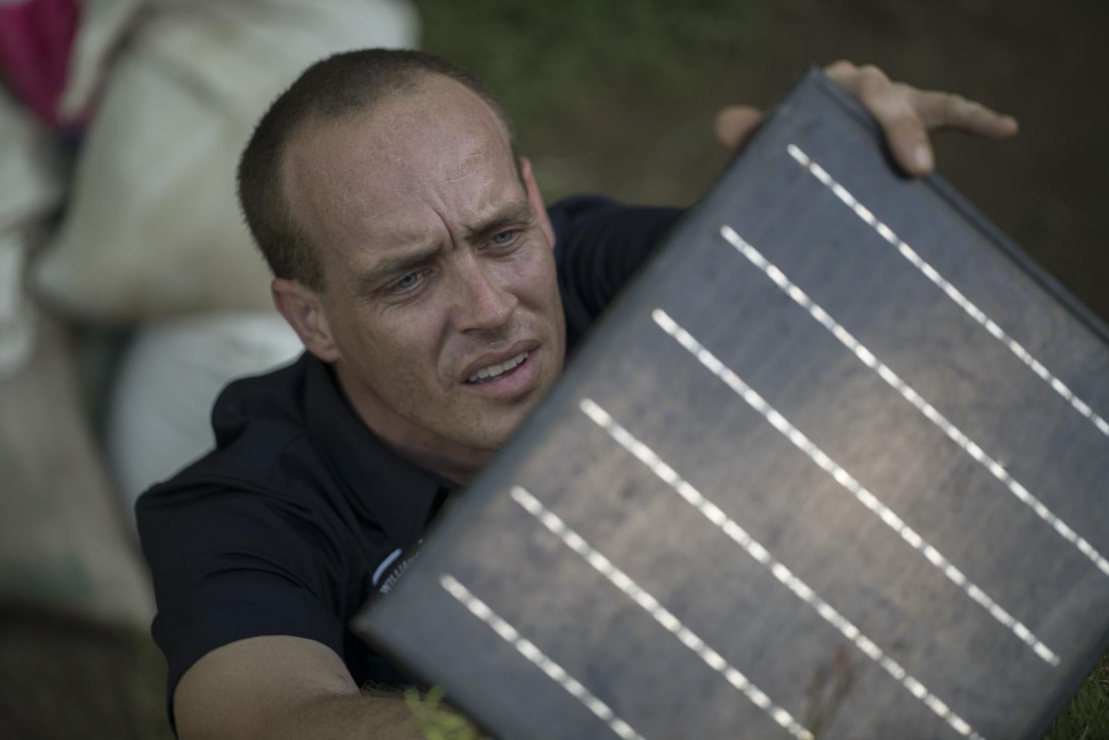 Eyekandi solar panel installation in Chiang Mai
